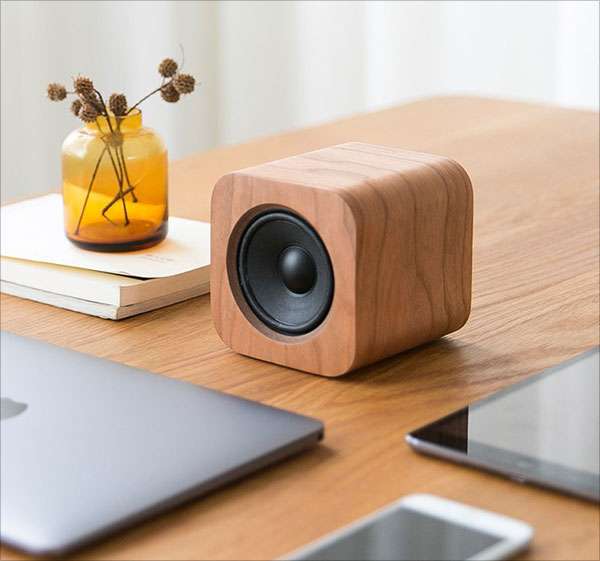Minimalist-Speaker-Works-with-Echo-Dot-(Vintage-Cherry-Wood)