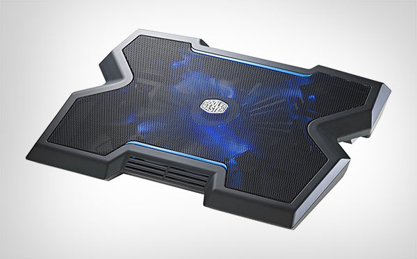 Cooler-Master-NotePal-X3---Gaming-Laptop-Cooling-Pad-with-200mm-Blue-LED-Fan