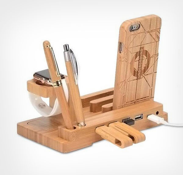 Wooden-iPhone-7-Table-Stand