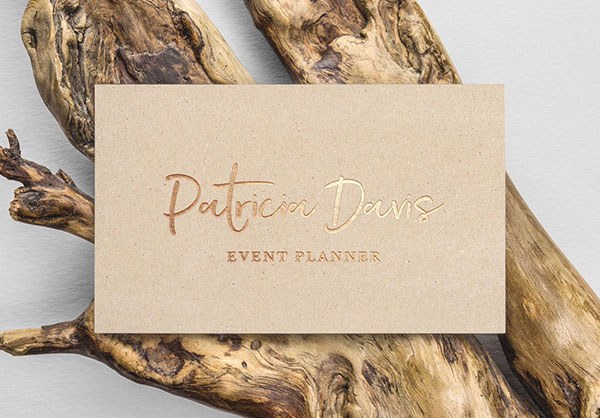 Free-Gold-Foil-Business-Card-Mockup-PSD