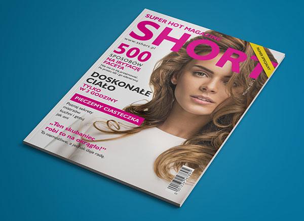 Free-Portrait-Magazine-Mockup-PSD