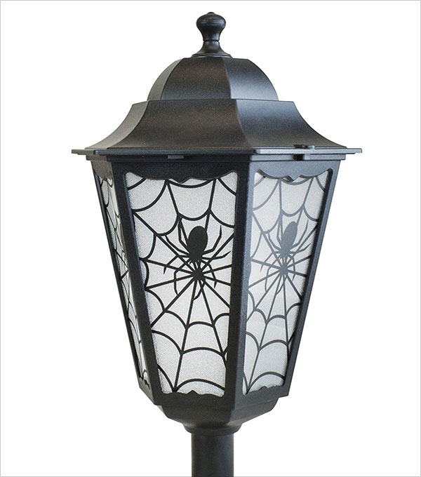 4-foot-Lighted-Lamp-Post-Halloween-Party-Decoration-Indoor-Outdoor-Spider-Prop