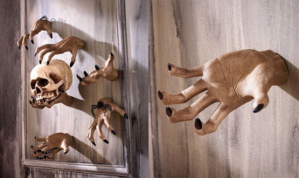 Ceramic-Halloween-Party-Grabbing-Hand-Wall-Decoration