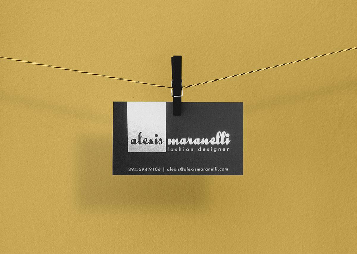 Free-Stylish-Photorealistic-Business-Card-Mockup-PSD-5