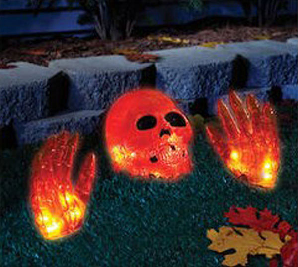 Halloween-Lighted-Skull-and-Hands-Scary-Halloween-Outdoor-Decor-2017