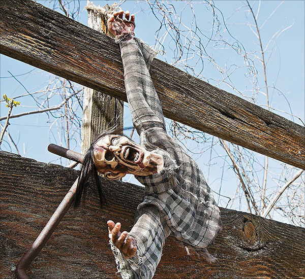 Severed-Hanging-Torso.-Halloween-Haunted-House-Decor.-3-Ft