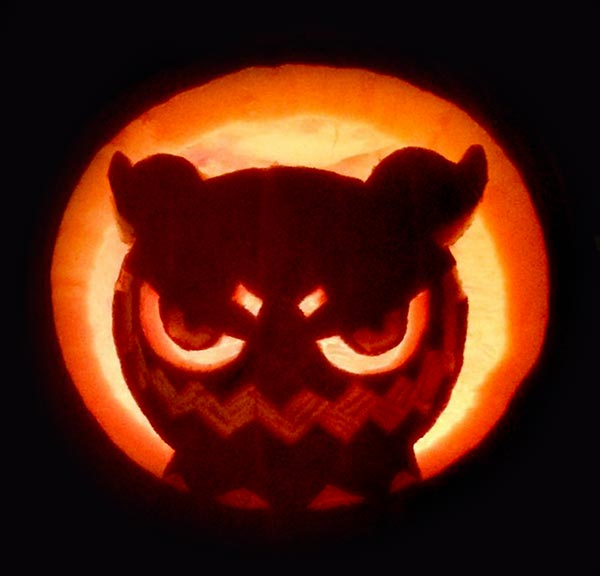 Angry-Owl-Pumpkin_carving_2017