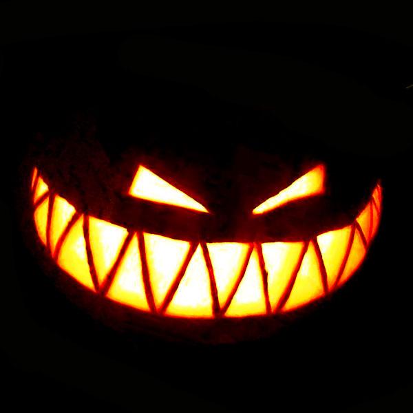 Scary Halloween Pumpkin Carving Ideas 2017 by Designbolts (15)
