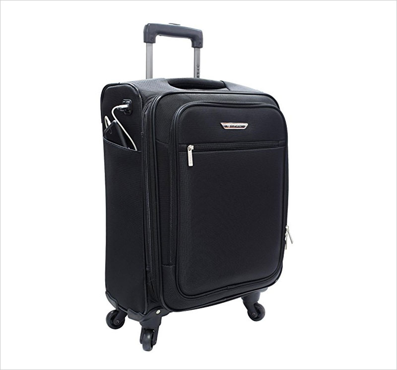 Travelers-Polo-and-Racquet-Club-Sabre-20-Embedded-USB-Port-Carry-On