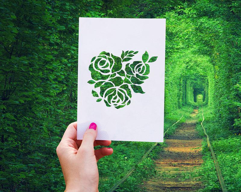 Free-Stencil-Paper-Cutout-Mockup-PSD-6