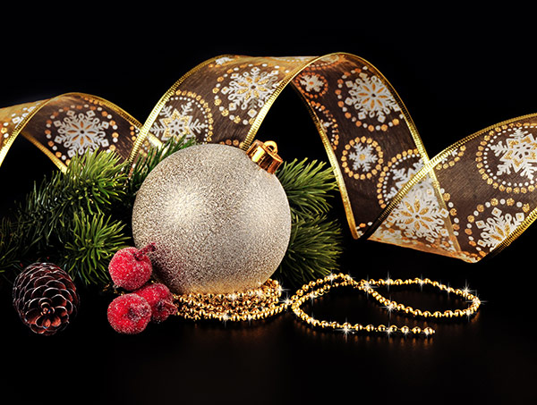 Christmas-Bauble-decorations-2017