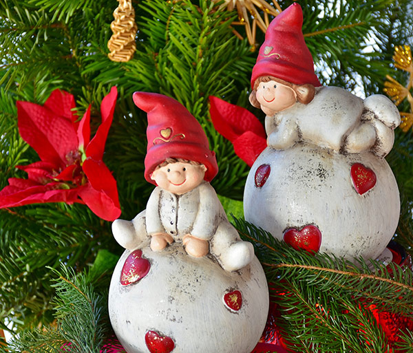 baby-doll-Christmas-Ornaments-Stock-Photo