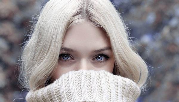 Eye-Contact-Photography-model