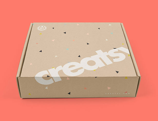 Free-Mailing-Gift-Box-Packaging-Mockup-PSD-2