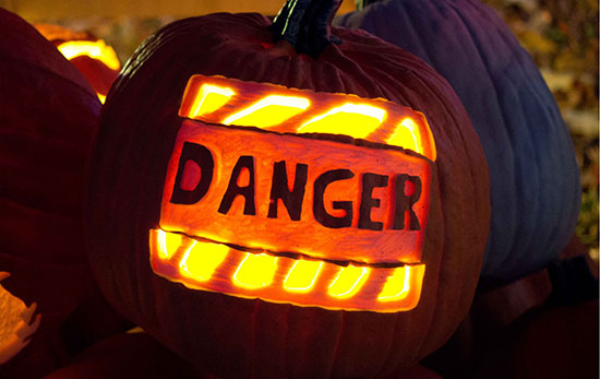 Danger-Scary-Halloween-Pumpkin-Carving-2018