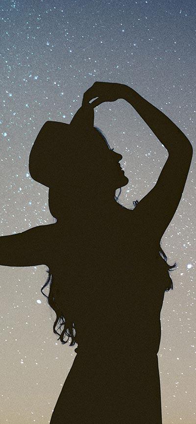 Girl-Dancine_silhouette_iPhone-Xs-Wallpaper