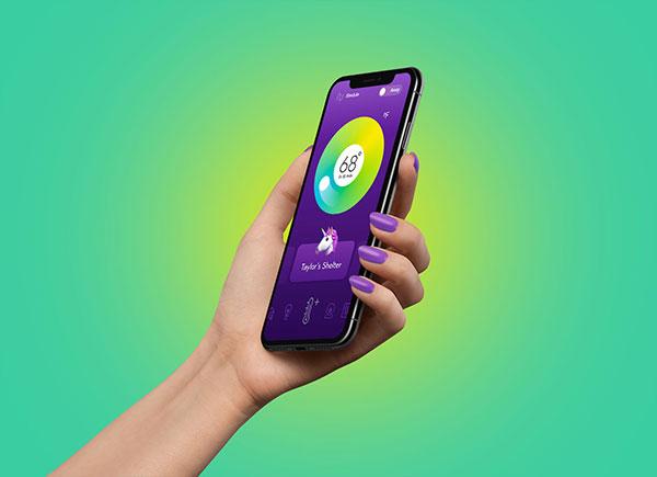 Free-iPhone-Xs-in-Female-Hand-Mockup-PSD