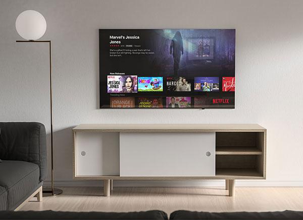 Free-Living-Room-4K-TV-Screen-Mockup-PSD