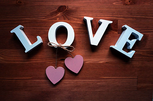 Love-Typography-Wallpaper