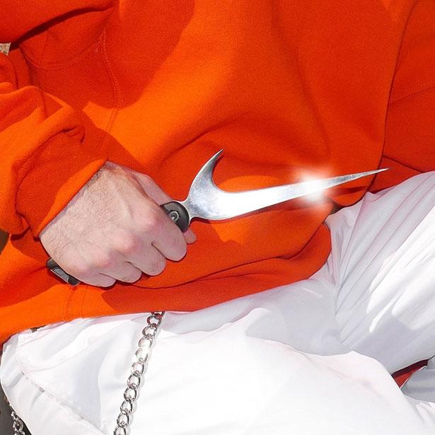 Nike-Logo-Knife-2