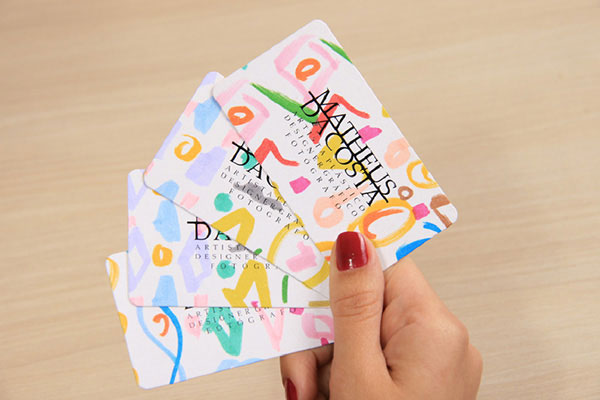 Rounded-Corner-Artistic-Business-Card-Design-2