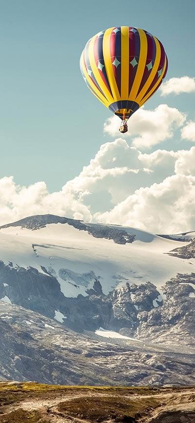 breathtaking_mountains_iPhone-X-Wallpaper