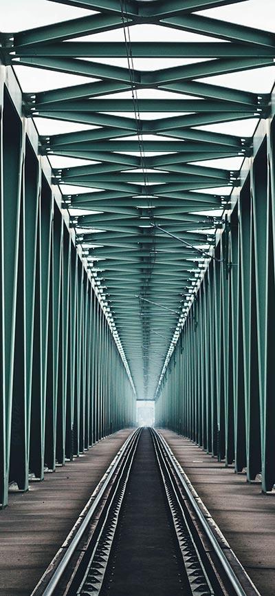 train_bridge_iPhone-X-Wallpaper